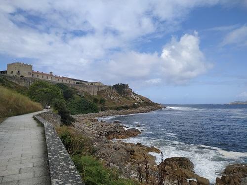 Camino de la fortaleza de Baiona