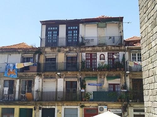 Viviendas viejas en Oporto