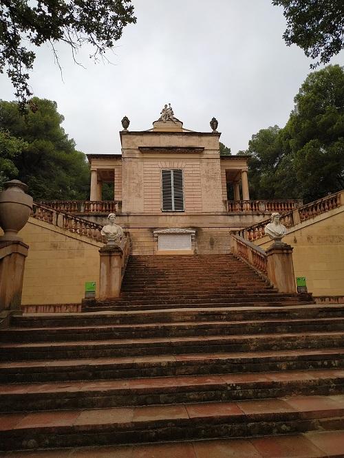 Pabellón neoclásico, Horta