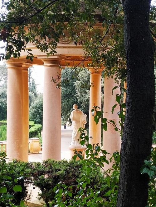 Glorieta en el parque del Laberint d'Horta