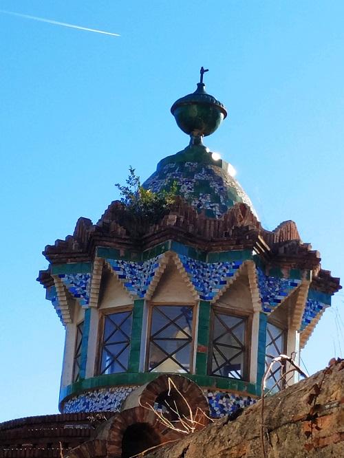 Linterna arquitectónica, Gaudí