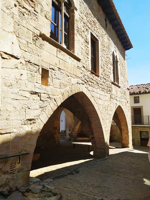 Parte posterior del Ayuntamiento, Ares del Maestre