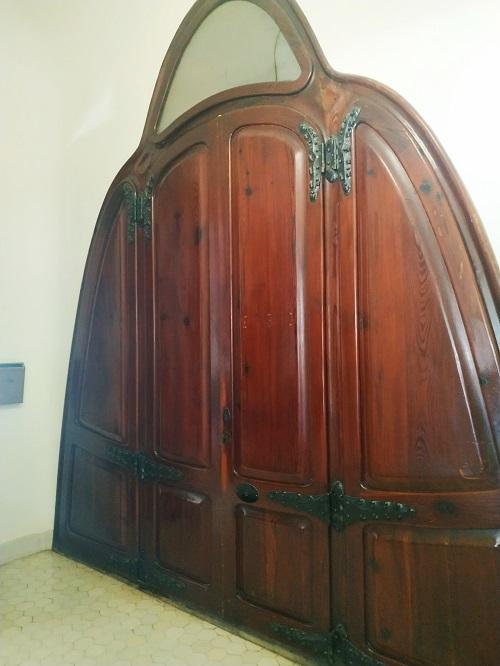 Puerta modernista