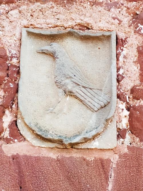 Cuervo en la Heráldica de Corbera