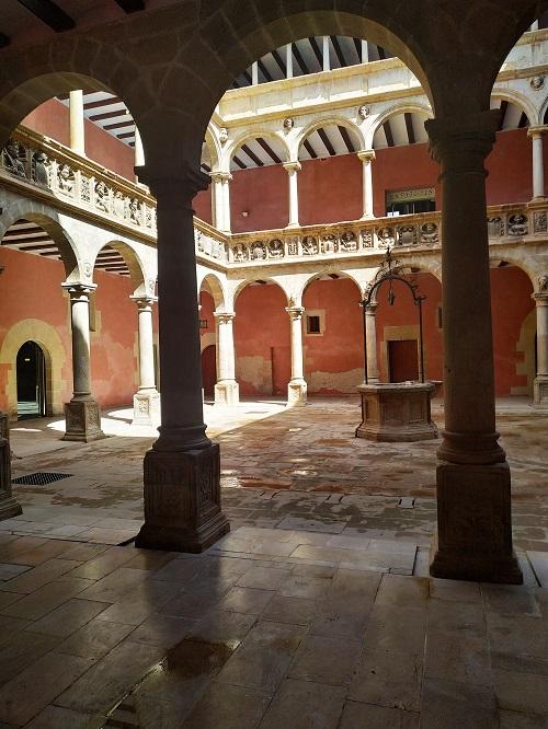 Patio porticado renacentista, Tortosa