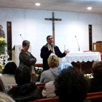 Padre Custódio e Ir. Mary falam com os amigos da Aliança em Portugal