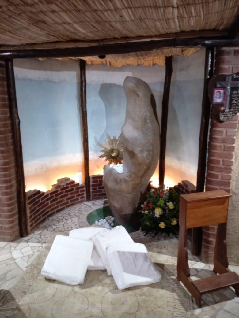Capela IES (Imaculada Do Espírito Santo).