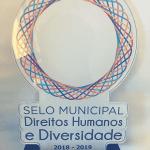 Placa do Selo de Direitos Humanos e Diversidade