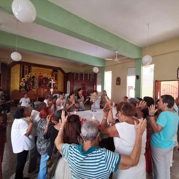 Momento de oração na República Dominicana