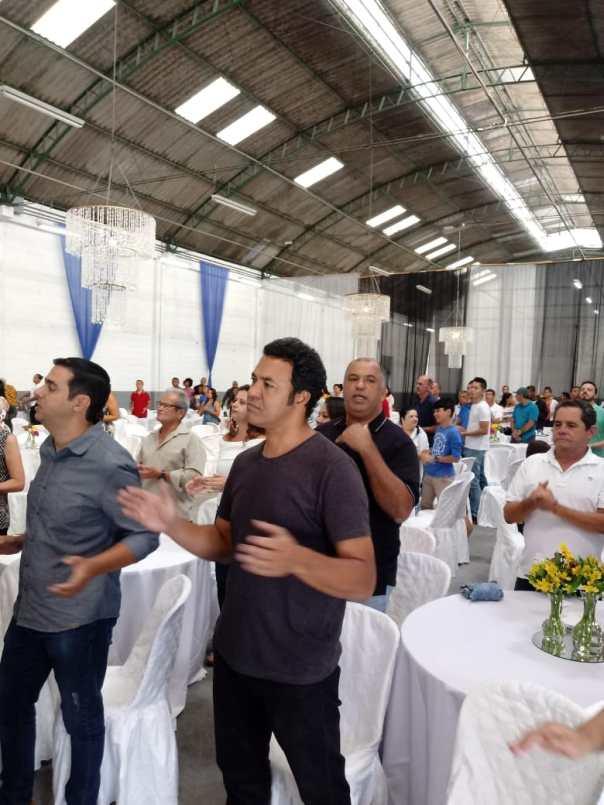 Funcionários do Centro de Distribuição do Grupo Silvas