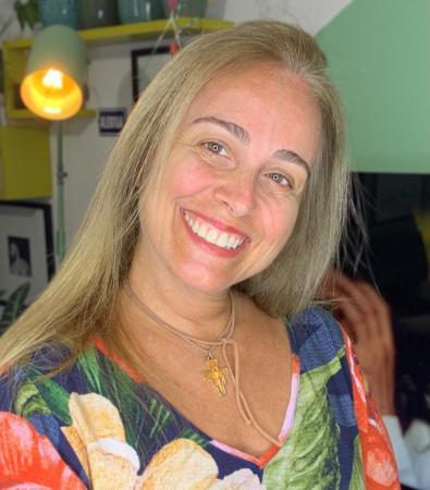 Dra. Claudia Vieira Ramos - Anestesiologista e Especialista em Dor