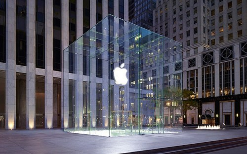 Design-Patent-awarded-for-the-Famous-Glass-Apple-Store-in-New-York-City-456513-2