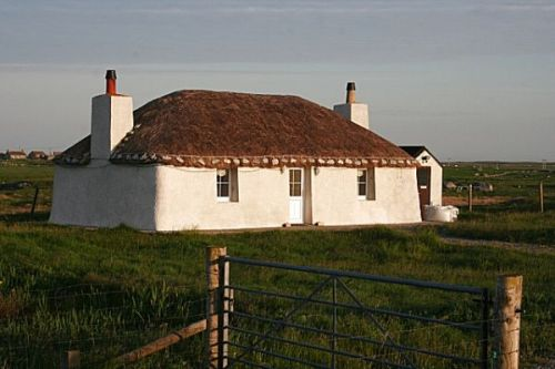 tiree-house