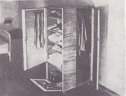 bauhaus clothes storage