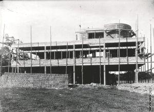 construction-de-la-villa-savoye-par-le-corbusier_5332281