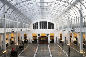 dam-images-daily-2014-03-vienna-otto-wagner-12-post-office-above-ground-public-space