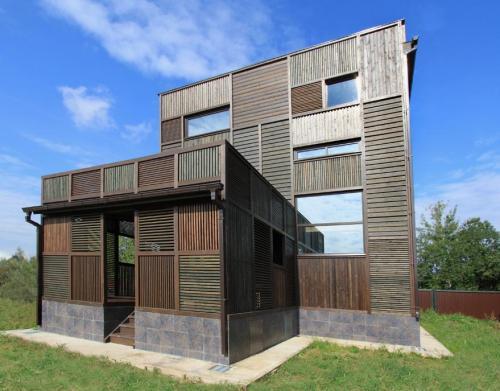 Kostelov_Volga_House_027