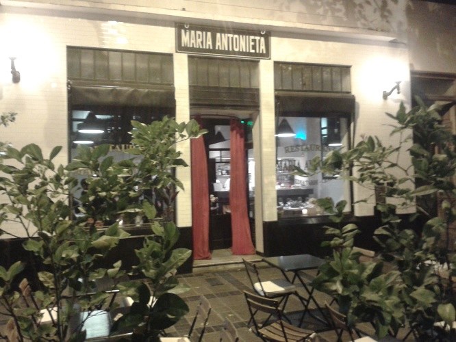 Risotto de remolacha, queso de cabra y tomillo – María Antonieta Resto