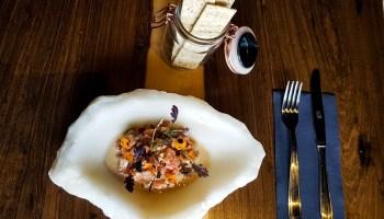 Receta de Tartar de salmón en Cartof Restaurant