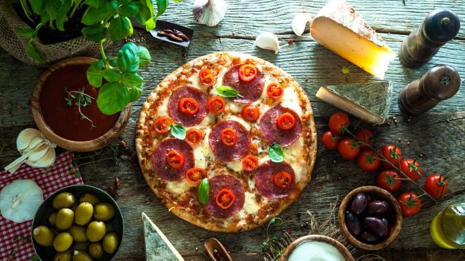 Hive Pizza - пицца, блокчейн, профит!