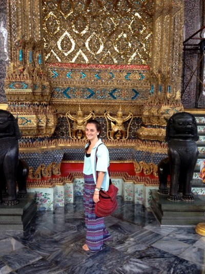 Packing for Southeast Asia: appropriate temple clothes