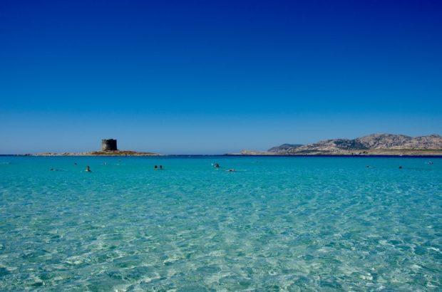 Turquoise water at Spiaggia della Pelosa