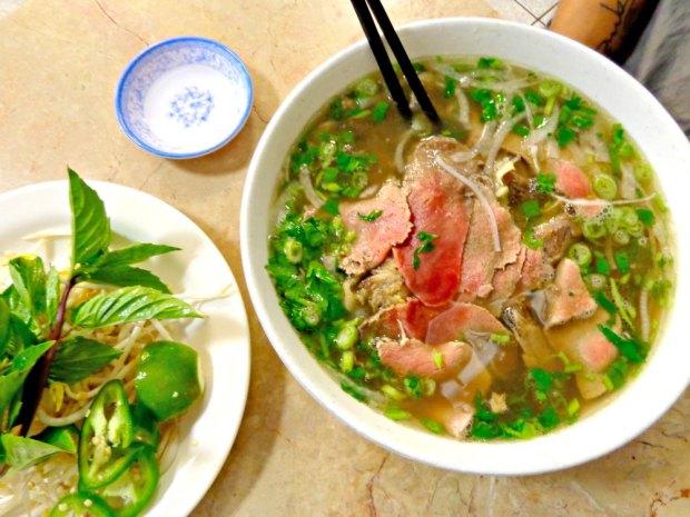 Pho Dai Loi's pho tai chin soup on Buford Highway