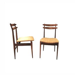 Poltroncina da ufficio in pelle nera e braccioli in legno moderna. Sedie In Legno Amma Anni 60