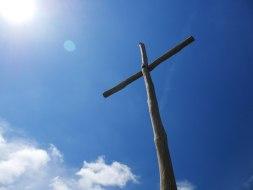 cruz-cielo-azul