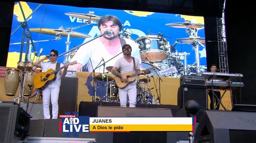 Juanes en su actuación en el Concierto Venezuela Aid Live