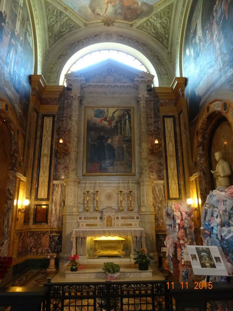 Altar de Santo Domingo Savio