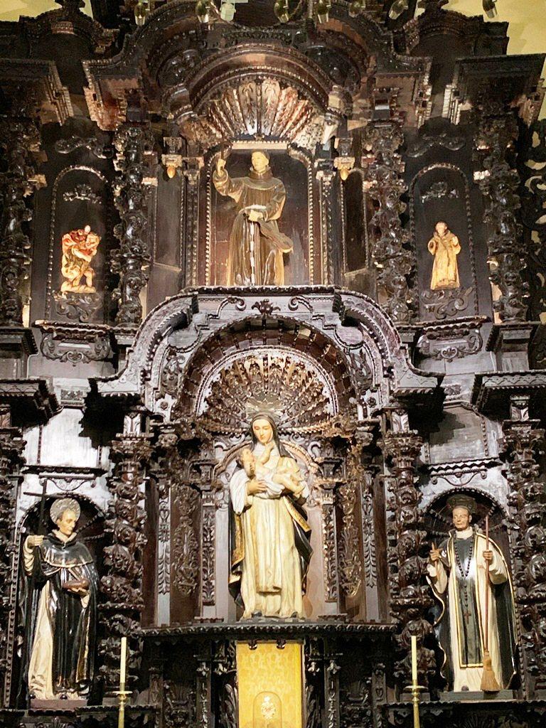 Capilla-de-los-Santos-Peruanos