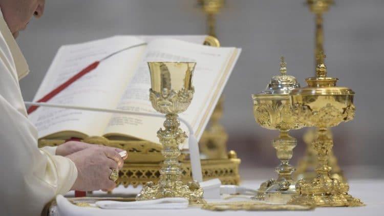 Credo - Papa Francisco - Eucaristía
