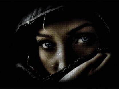 PERAZU: Gráfico de punto de cruz para descargar en PDF, imprimir y bordar cara de mujer con ojos azules