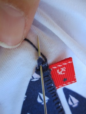 mis nancys, mis peques y yo, tutorial aplique camiseta festón detalle