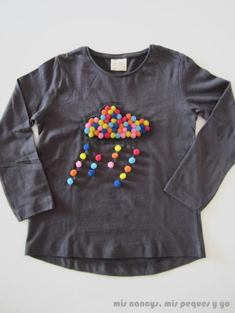 mis nancys, mis peques y yo, tutorial aplique camiseta con pompones, camiseta lluvia de colores