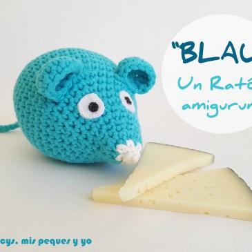 «BLAU» Un ratón amigurumi
