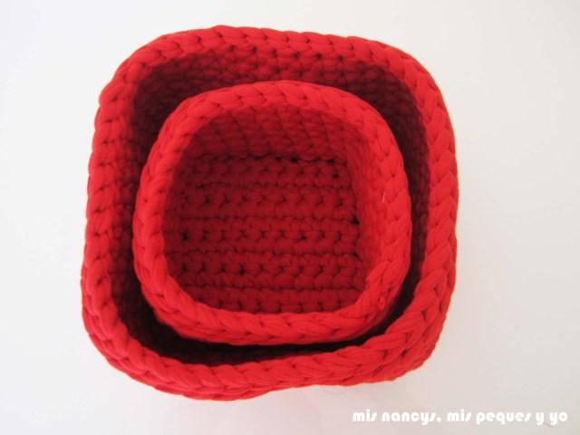 mis nancys, mis peques y yo, juego de dos cestas de trapillo cuadradas, dos tamaños de cesta, una dentro de la otra