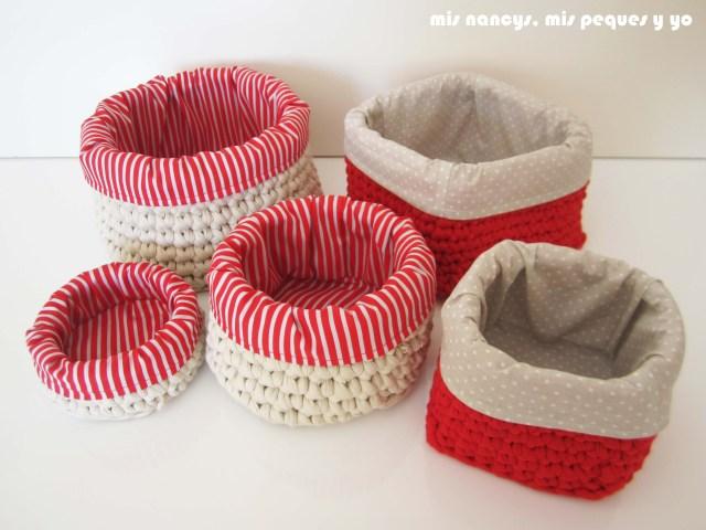 mis nancys, mis peques y yo, juego de dos cestas de trapillo cuadradas con funda de tela y juego de cestas de trapillo redondas