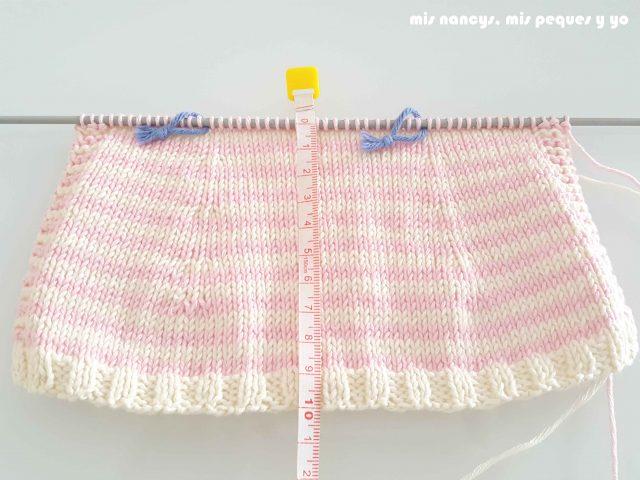 """mis nancys, mis peques y yo, tutorial jersey de punto para Nancy """"Fresa y nata"""", tejer hasta obtener 10 cm de alto"""
