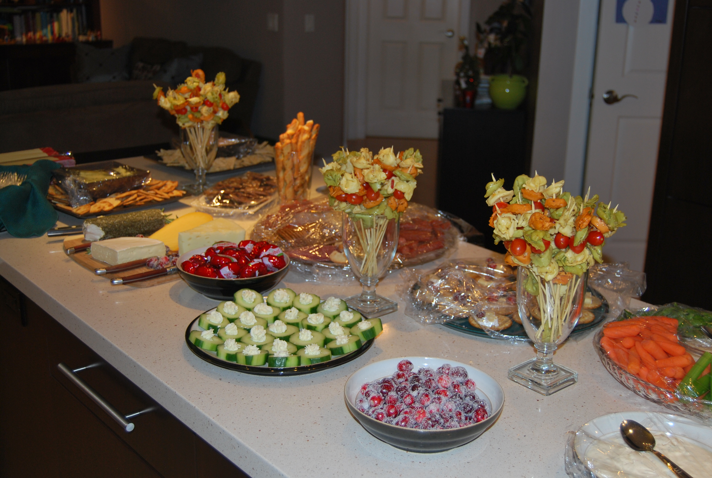 Holiday party appetizer ideas and weekend roundup  misplacedmysassy