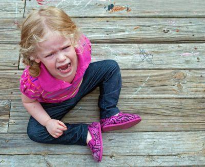 Истерика у ребёнка: как успокоить