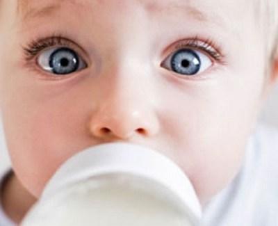 Какие бывают молочные смеси для малышей?