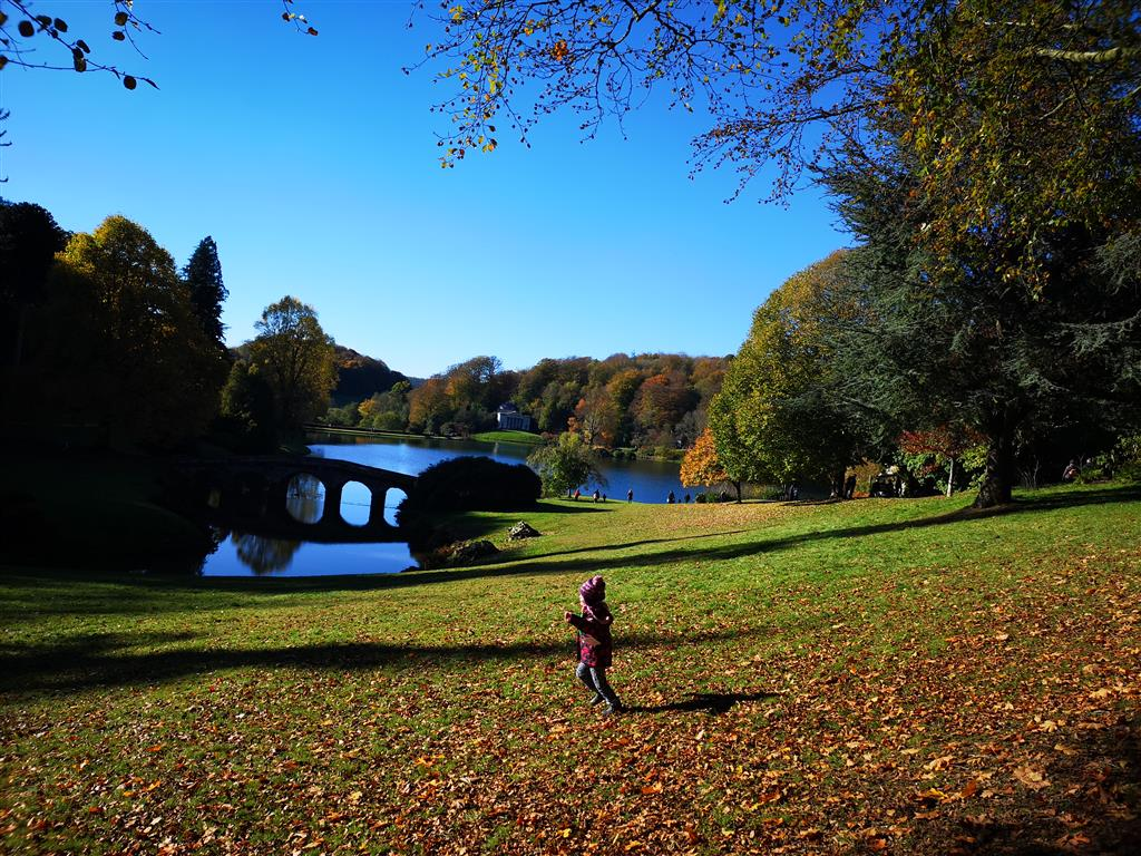 Visiting National Trust Stourhead in the autumn