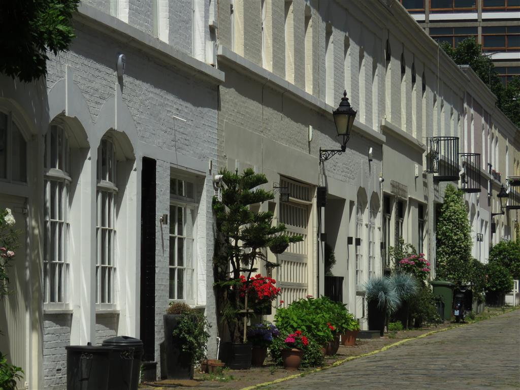 Mews of London