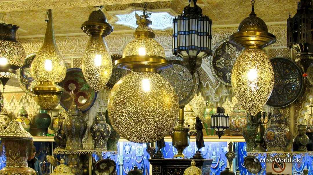 Marokkanske Lamper. Måske kan man finde lampens ånd i én af dem ;o)