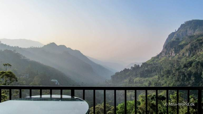 Mountain Heavens Ella - Morning light