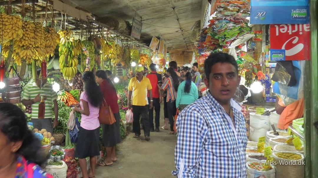Nuwara Eliya Sri Lanka - Vegetable and fruit market