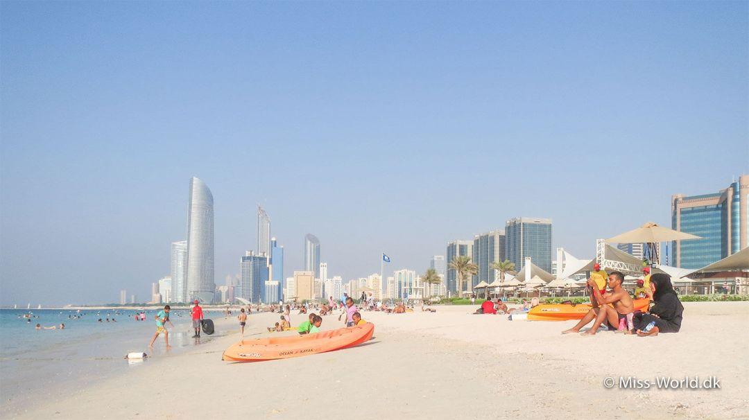 Stranden i Abu Dhabi