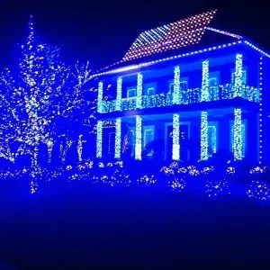 Whitis Family Christmas House in Tallahassee, Florida. Winners of the GMA Contest.